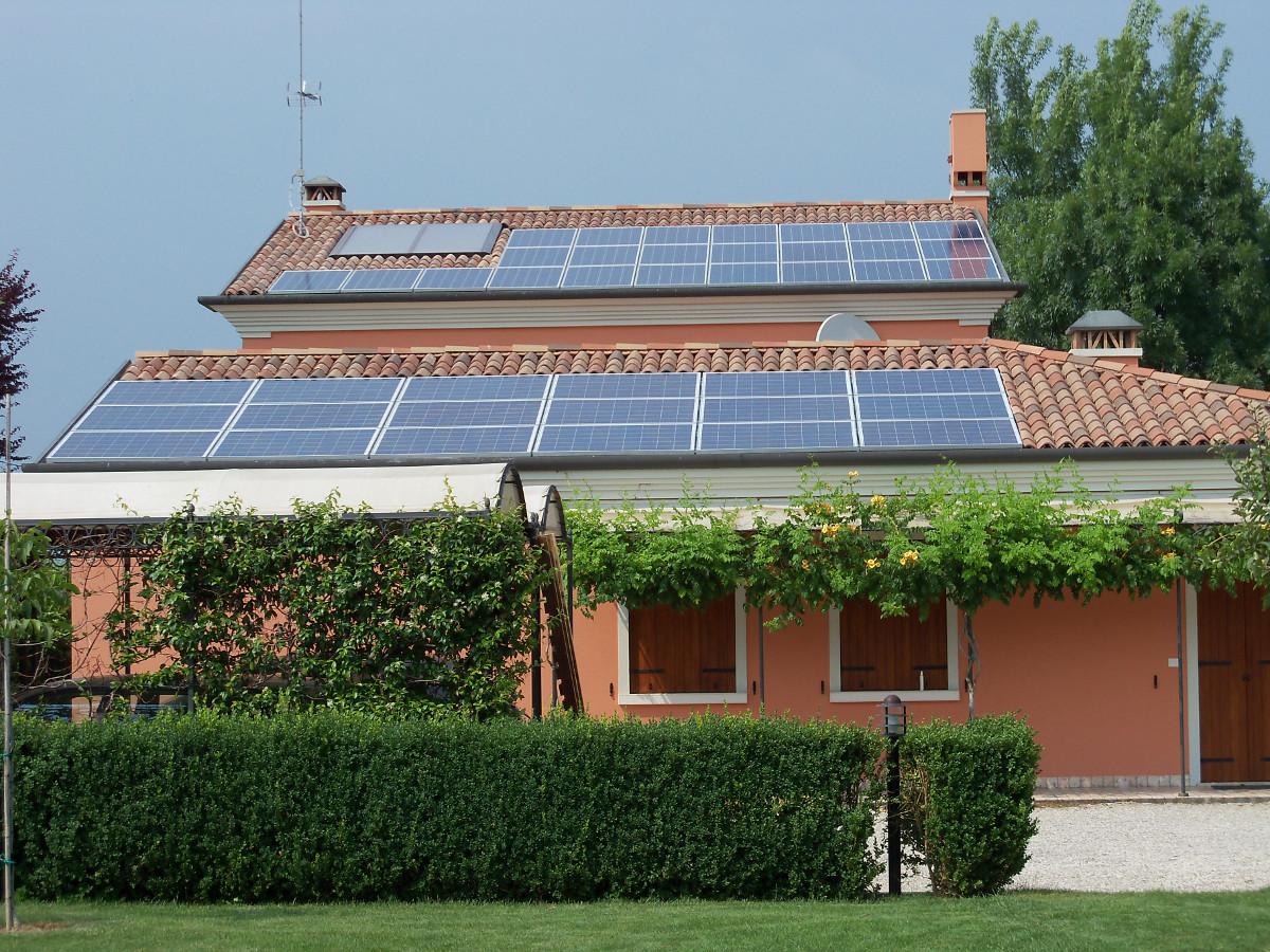 Fotovoltaico-civile-3